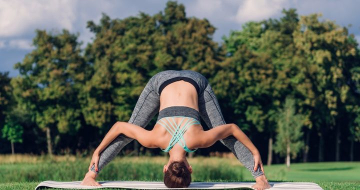 how to do a wide legged forward bend _ yoga for beginners