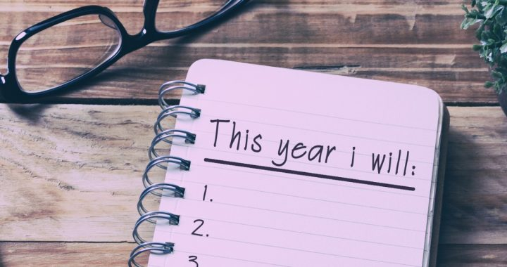 tips for keeping new year's resolutions _ mercy health blog