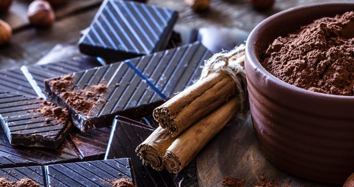 pieces of dark chocolate and shavings of cocoa _ effects of chocolate on heart health