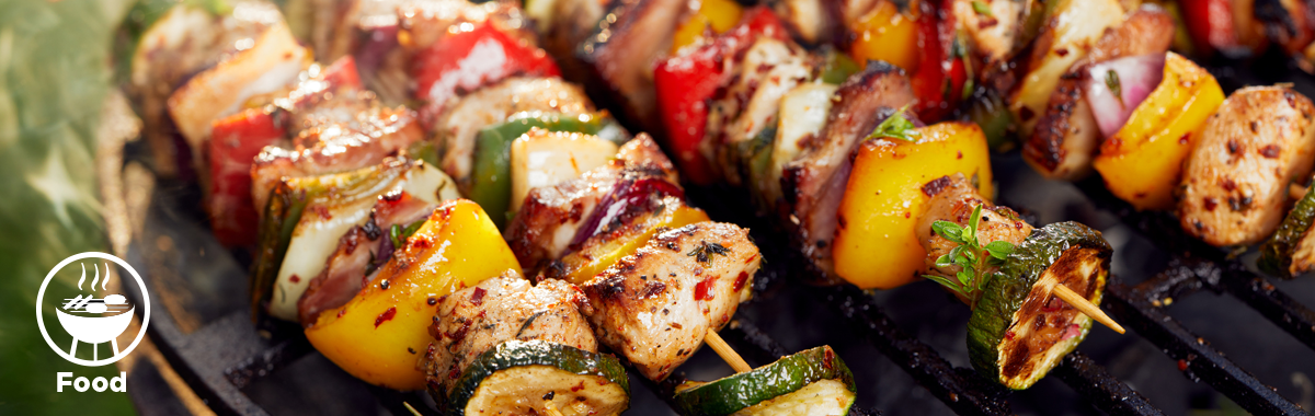 chicken and veggie kabobs on the grill _ healthy grilling guide