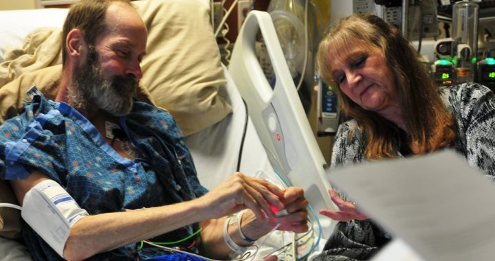 An enagagement takes place in the ICU between a termiannly ill man and his girlfriend
