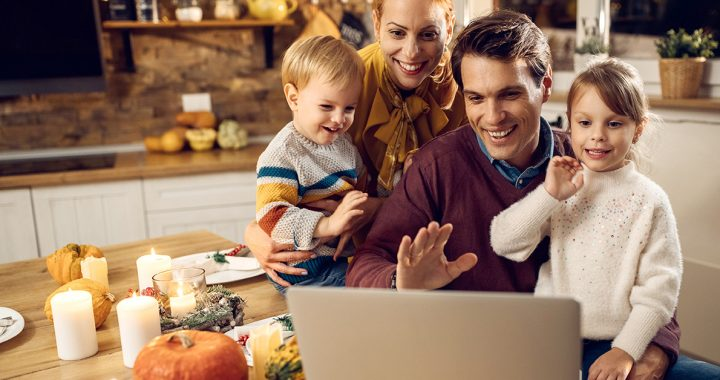 A family celebrating Thanksgiving with loved ones virtually