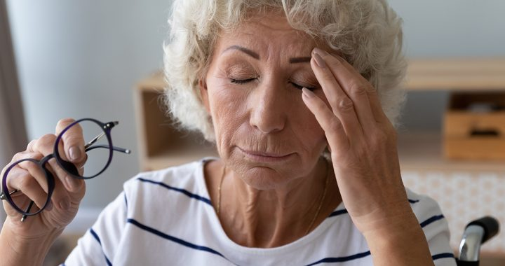 A woman experiencing stroke symptoms.
